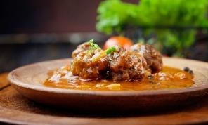 קל וטעים: מתכון לקציצות ברוטב עגבניות