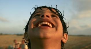 אילוסטרציה - זה בידיים שלכם: כך תהיו מאושרים לנצח
