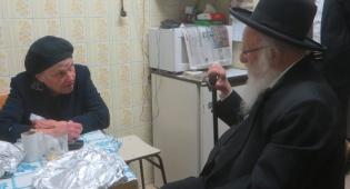 """מחותנה הגרב""""ד פוברסקי בביקור אצל הרבנית דיסקין"""