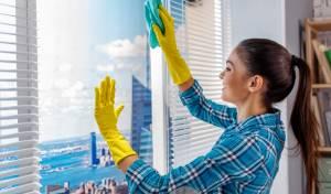 בלי 'סימנים': הדרך הכי טובה לנקות חלונות