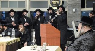 """איזיק האניג, יעקב דסקל ו'נרננה': """"כי עמך הסליחה"""""""