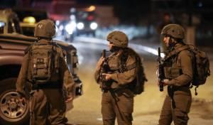 """נלחמים בטרור: צה""""ל פשט על הכפר חיזמא"""