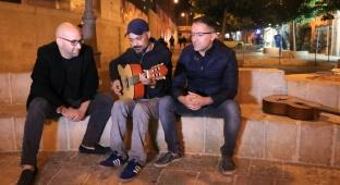 עמיר בניון, קלוגהפט ופלורין - עמיר בניון ישיר בסרט מוסלמי על השואה