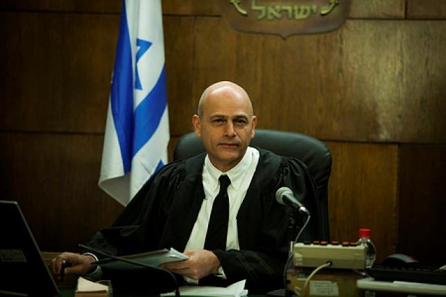 איתן אורנשטיין, על כס השופט ב-2013