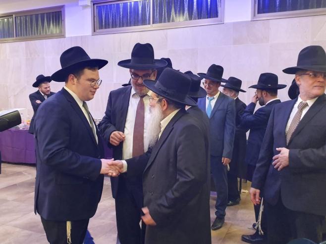 """שמחת אירוסי בנו של ח""""כ יעקב אשר • צפו"""