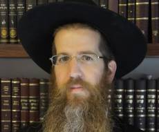 """עו""""ד אורי צפורי - """"יהודים לא יכולים לגמול חסד עם יהודים"""""""