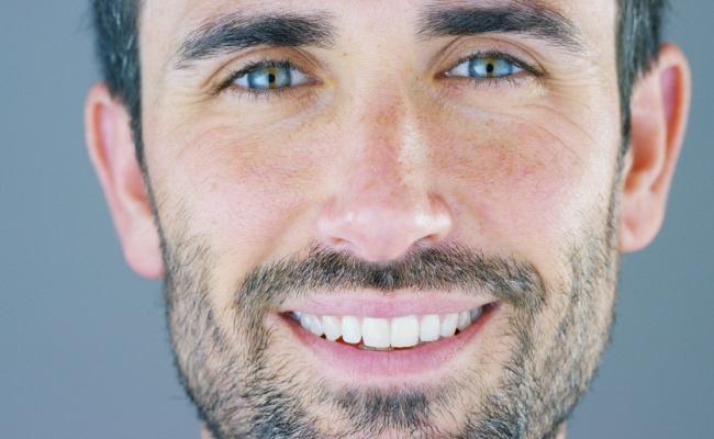 רופא שיניים: אלו 6 הלבנות השיניים הטובות ביותר