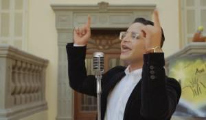 אבי אילסון בסינגל קליפ קיצי חדש: תן לי אור