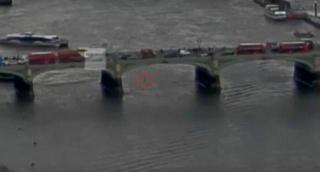 4 נרצחו; צפו ברגעי פיגוע הדריסה בלונדון