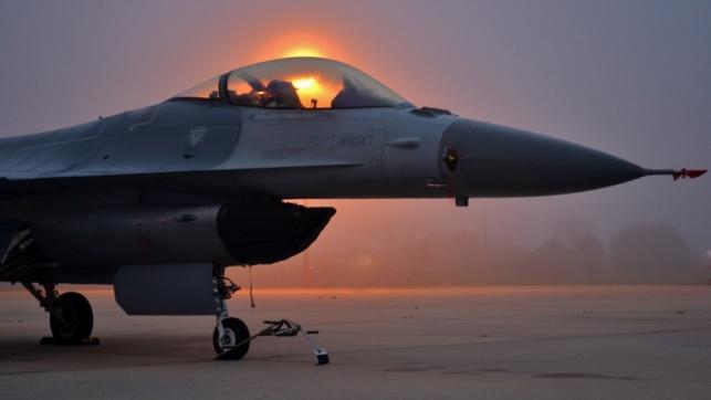 מטוס F16, ארכיון