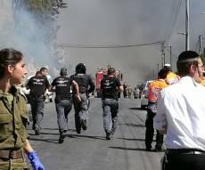 הזירה המפוייחת ומטוסי הכיבוי בפעולה - שריפה בצפת: 8 נפגעו, בתים רבים פונו. צפו