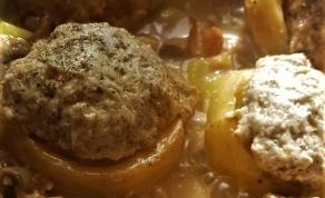 תחתיות ארטישוק ממולאות בשר ברוטב פטריות