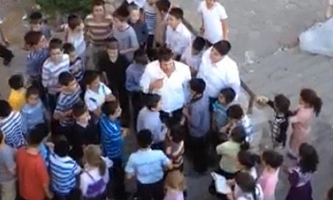 צפו: ילדים מתפללים למען החיילים