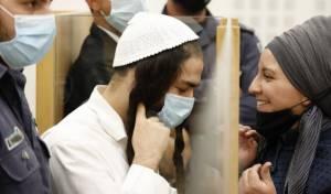 עמירם בן אוליאל עם אשתו, בבית המשפט