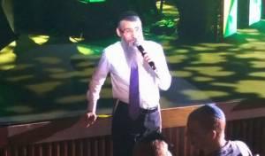 אברהם פריד שר לחייל הפצוע יהודה הישראלי