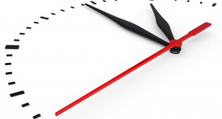 לחסוך זמן. אילוסטרציה - הכול סובב סביב הזמן, גם ביום יום