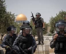 צפו במהומות - ערבים יידו אבנים אל הכותל; עשרות מהם נפצעו