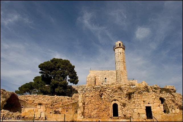 סיור סליחות בציון קבר שמואל הנביא