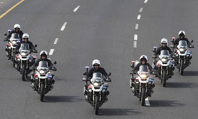 היערכות אופנועי המשטרה לשיירת הנשיא