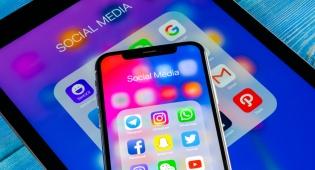 בעלי אייפון מתלוננים: עדכון התוכנה קיצר ב-40% את זמן הסוללה