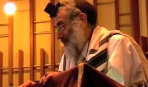 הרב מילקי, בבית הכנסת