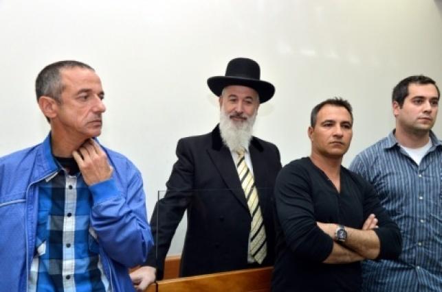 הרב מצגר בבית המשפט. ארכיון