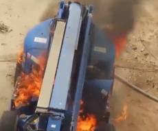 תיעוד: הצתת כלי הנדסי ועמדה בגבול עזה