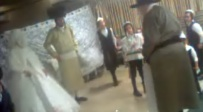 נדיר: הרבי - ב'מצווה טאנץ' ל'הויז בחור'. צפו