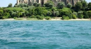 סיור בסירמיונה שבדרום אגם גרדה באיטליה