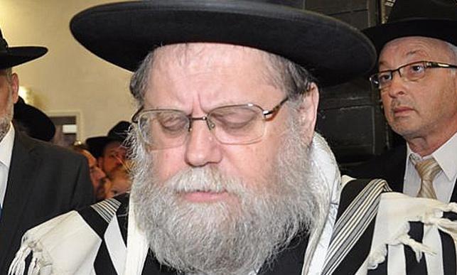 הרב גרוסמן : עלילה, חברת חשמל לא פנתה
