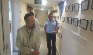 המקובל הגיש תלונה במשטרה נגד רון קובי