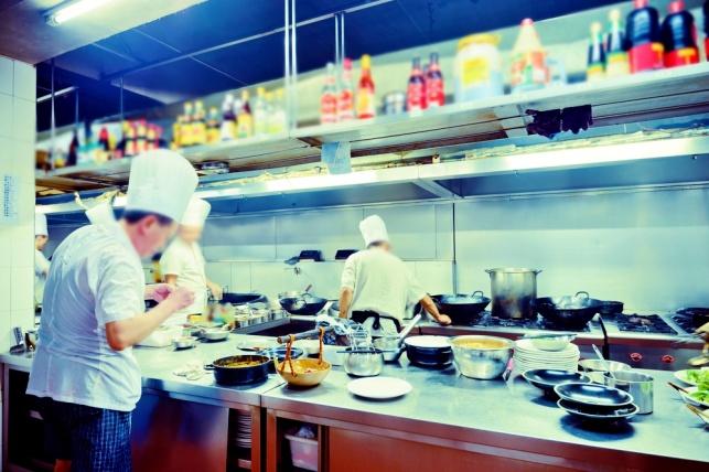 המזון במסעדה לא בריא יותר מג'אנק פוד