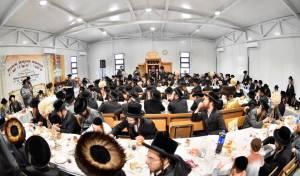 בתולדות אברהם יצחק חנכו ישיבה חדשה