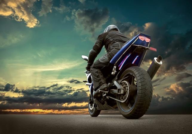 רוכבי אופנוע? בטיחות בנסיעה. אילוסטרציה - רוכבים על אופנוע? ככה תגבירו את הבטיחות בנסיעה