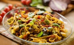 ספגטי קליל עם ירקות מוקפצים