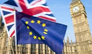 הורד דירוג האשראי של בריטניה מחשש לחוסר יציבות