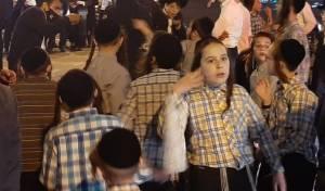 הפגנת ילדים; גויסו למחות על מעצר הקיצוני