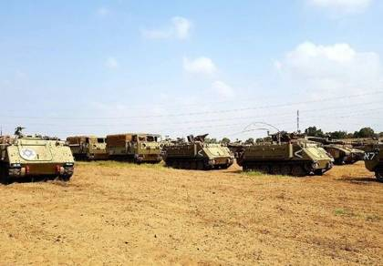 היערכות טנקים בשטחי כינוס סמוכים לעזה
