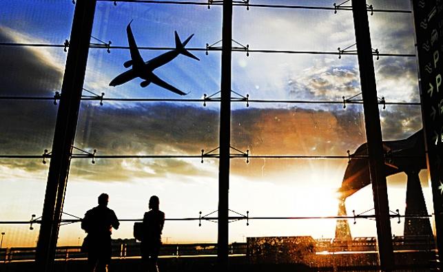 """רגע לפני טיסה: חרדי התמוטט בנתב""""ג ונפטר"""