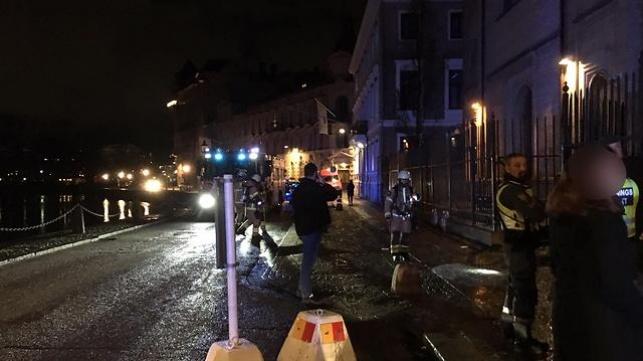 שבדיה: רעולי פנים השליכו בקבוקי תבערה על בית הכנסת