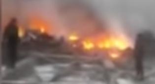 זירת ההתרסקות - מטוס התרסק על מספר בתים; 37 איש נהרגו