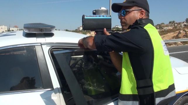 השוטר בכביש 60