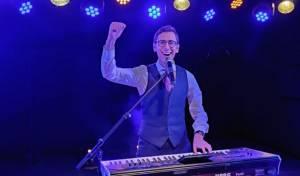 "איציק וינגרטן בסינגל קליפ חדש לל""ג בעומר"