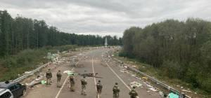 צפו: זה הלכלוך שהשאירו הברסלבים בגבול