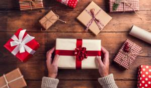 רוצים שיאהבו את המתנות שלכם? אל תעטפו אותן יפה