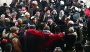 מעל 2,000 איש נכנסו לקבר יוסף בשכם