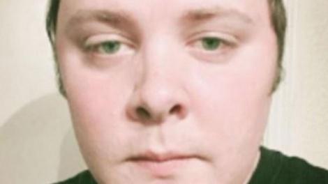 הרוצח דווין פטריק קלי - הרוצח לבש מדי צבא כהים ורצח 26 בני אדם