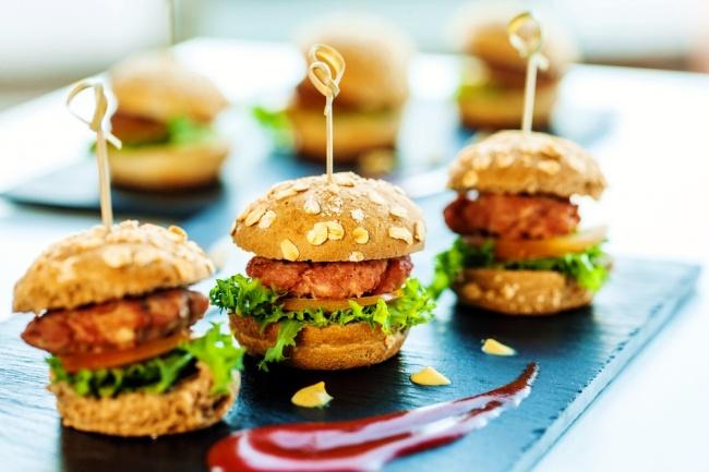 המבורגר מיני עסיסיים - הכי טובים שיש