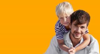 הענקת חום ואהבה לילדים: מהו הקשר בינה לבין גמישות?