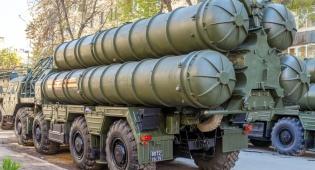 טילי S-300 במצעד צבאי ברוסיה - רוסיה תעביר טילים מתקדמים לידי סוריה